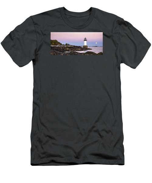 Fort Pickering Lighthouse, Harvest Supermoon, Salem, Ma Men's T-Shirt (Athletic Fit)