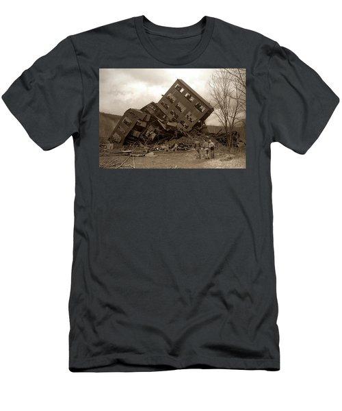 Four Old Friends...swoyersville Pa Men's T-Shirt (Athletic Fit)