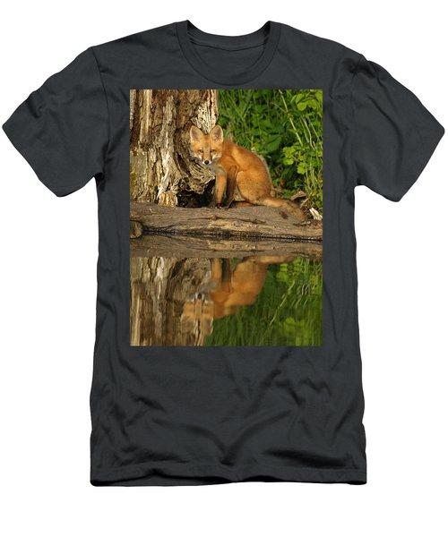 Fox Reflection Men's T-Shirt (Athletic Fit)