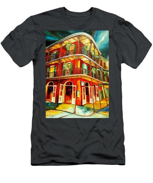 French Quarter Corner Men's T-Shirt (Athletic Fit)