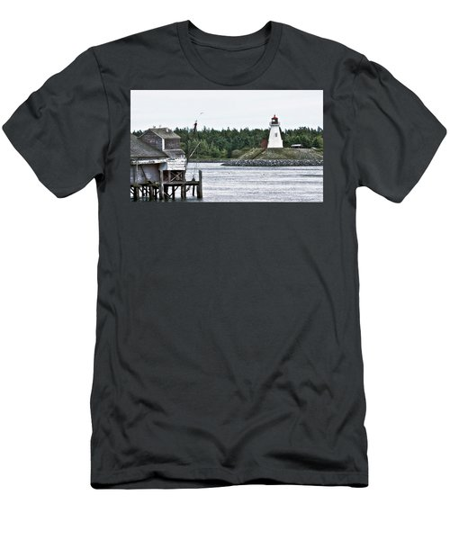 Friar's Head Lighthouse Men's T-Shirt (Athletic Fit)