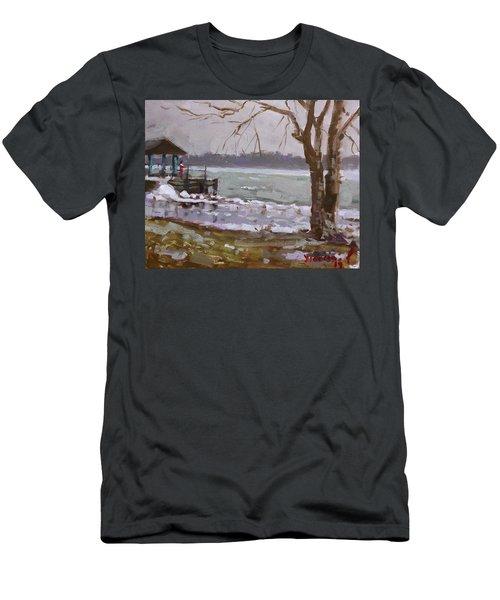 Frozen Niagara River Men's T-Shirt (Athletic Fit)
