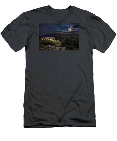 Full Moon Over Greenleaf Hut Men's T-Shirt (Athletic Fit)