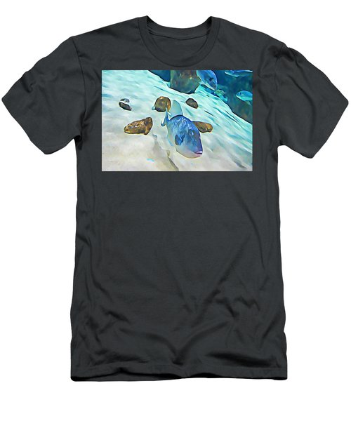 Funny Fish Men's T-Shirt (Athletic Fit)