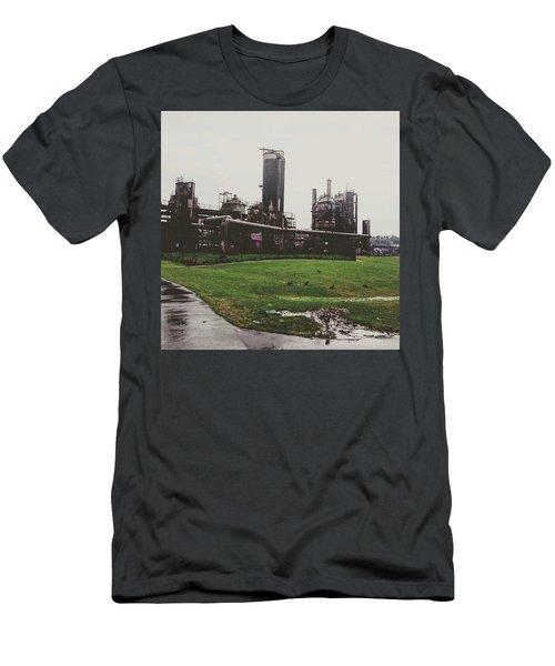 Gasworks Park Men's T-Shirt (Athletic Fit)
