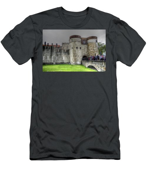Gates To The Tower Of London Men's T-Shirt (Slim Fit) by Karen McKenzie McAdoo