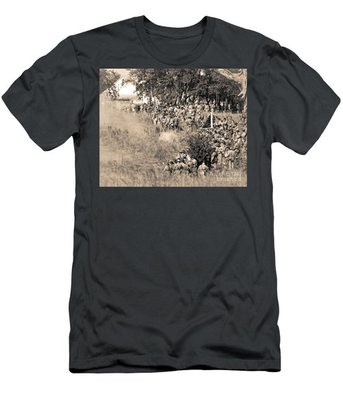Gettysburg Confederate Infantry 8825s Men's T-Shirt (Athletic Fit)