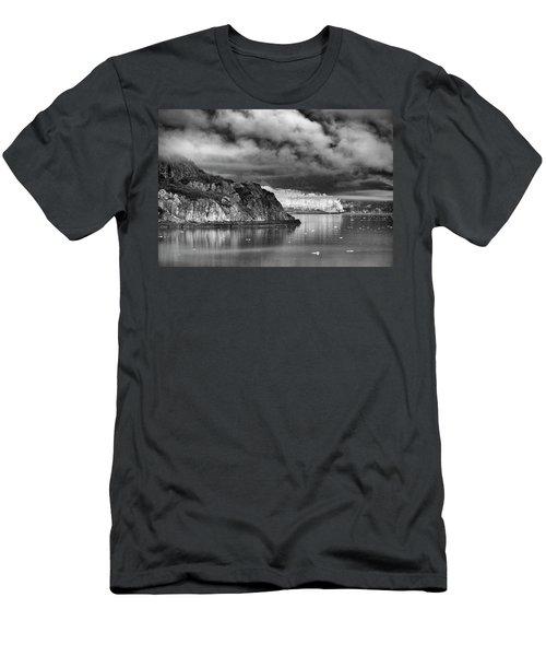Glacier Bay Alaska In Bw Men's T-Shirt (Athletic Fit)