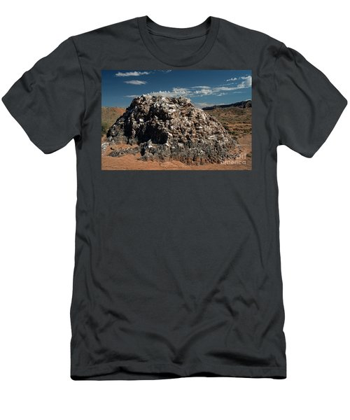 Glass Mountain Capital Reef National Park Men's T-Shirt (Athletic Fit)