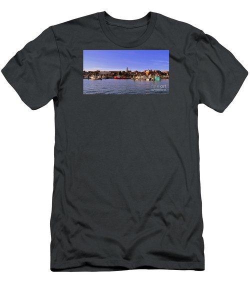 Gloucester Harbor Men's T-Shirt (Athletic Fit)