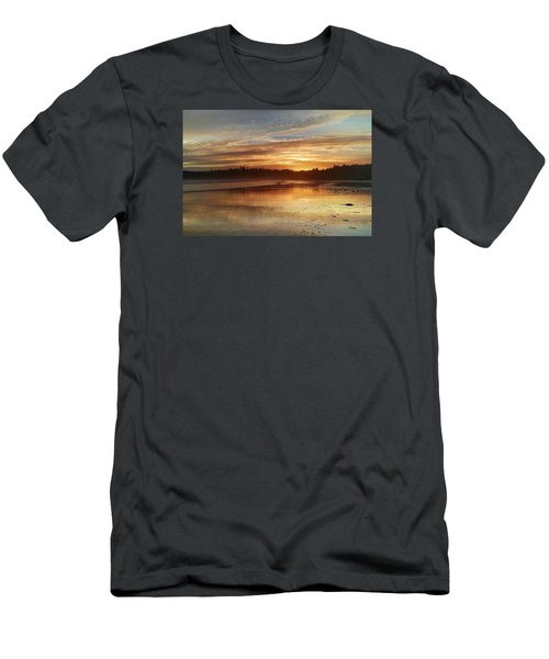 Long Beach I, British Columbia Men's T-Shirt (Athletic Fit)