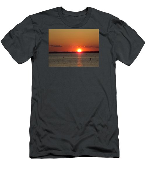 God's Eye Men's T-Shirt (Athletic Fit)