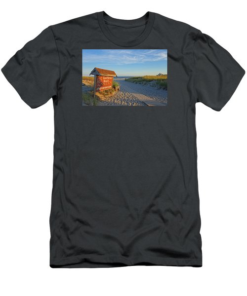 Good Harbor Sign At Sunset Men's T-Shirt (Athletic Fit)