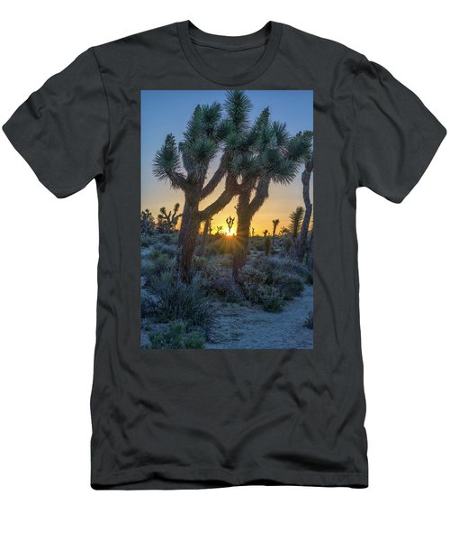 Good Morning From Joshua Tree Men's T-Shirt (Slim Fit)