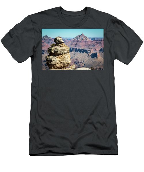Grand Canyon Duck On A Rock Men's T-Shirt (Athletic Fit)