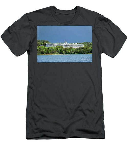 Grand Hotel Men's T-Shirt (Athletic Fit)