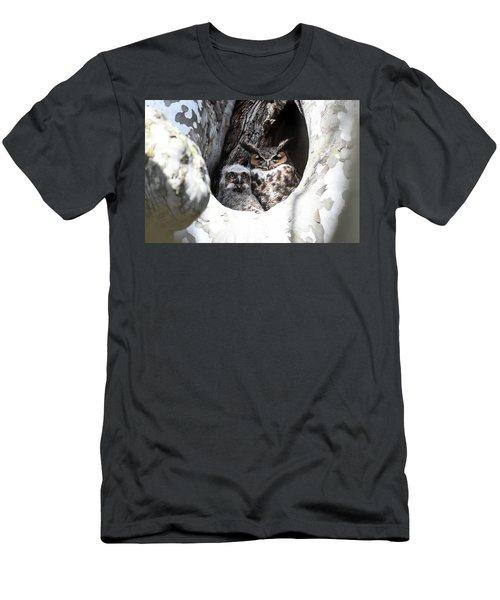 Great Horned Owl Nest Men's T-Shirt (Athletic Fit)