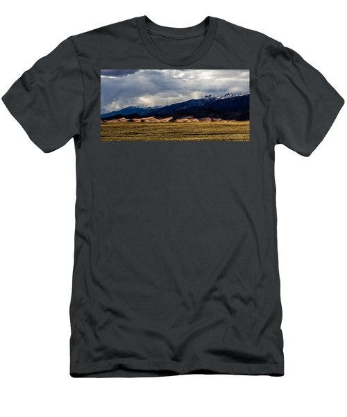 Great Sand Dunes Panorama Men's T-Shirt (Athletic Fit)