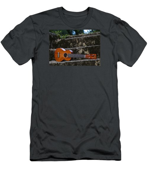 Gretsch Ukulele Men's T-Shirt (Athletic Fit)