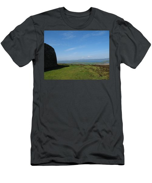 Grianan Of Aileach Men's T-Shirt (Athletic Fit)