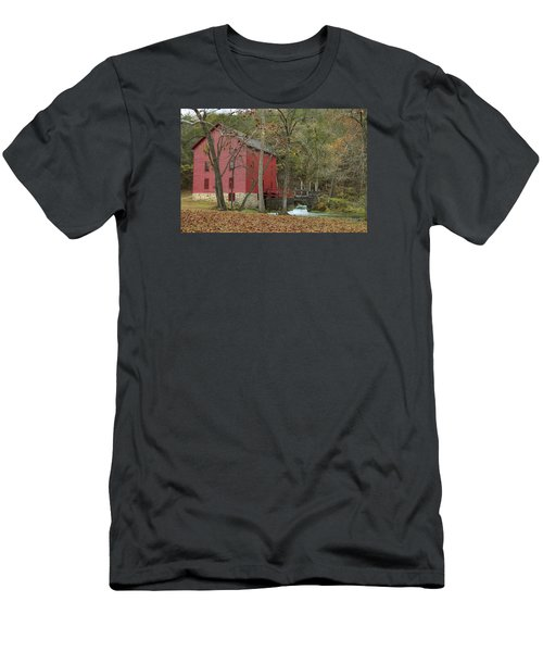 Grist Mill Wwaterfall Men's T-Shirt (Athletic Fit)
