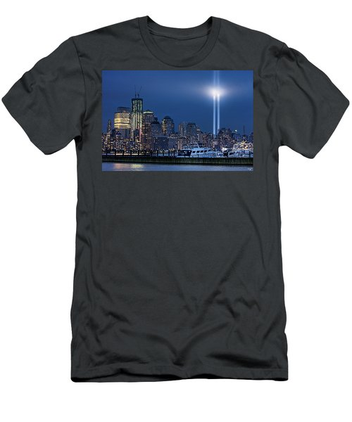 Ground Zero Tribute Lights And The Freedom Tower Men's T-Shirt (Athletic Fit)