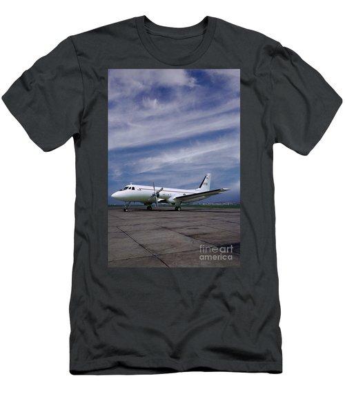 Grumman G-159 Gulfstream Patiently Waits, N719g Men's T-Shirt (Athletic Fit)