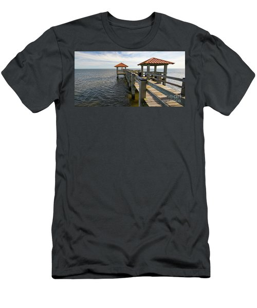 Gulf Coast Pier Men's T-Shirt (Athletic Fit)