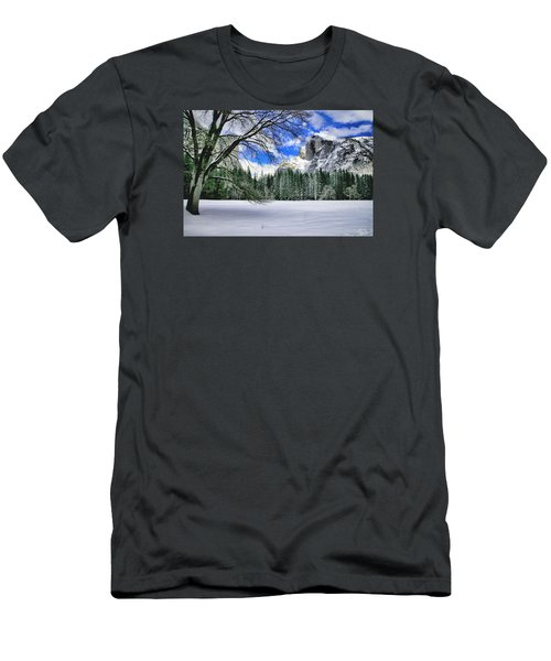 Half Dome In The Snow Men's T-Shirt (Athletic Fit)