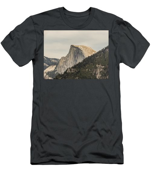 Half Dome Yosemite Valley Yosemite National Park Men's T-Shirt (Athletic Fit)