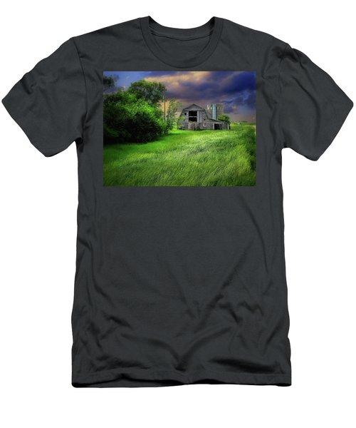 Half Silo Men's T-Shirt (Athletic Fit)