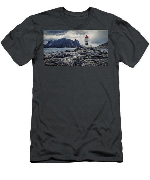 Harbour Lighthouse Men's T-Shirt (Athletic Fit)
