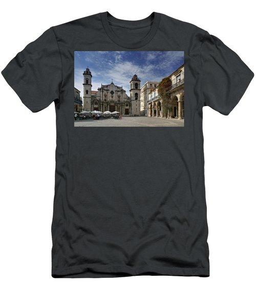 Havana Cathedral. Cuba Men's T-Shirt (Athletic Fit)