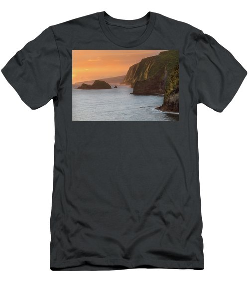 Hawaii Sunrise At The Pololu Valley Lookout 2 Men's T-Shirt (Athletic Fit)