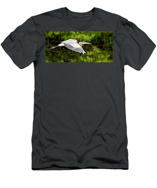 Heron In Flight Men's T-Shirt (Athletic Fit)