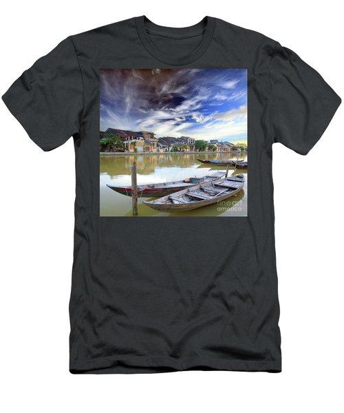 Hoi An. Vietnam Men's T-Shirt (Athletic Fit)