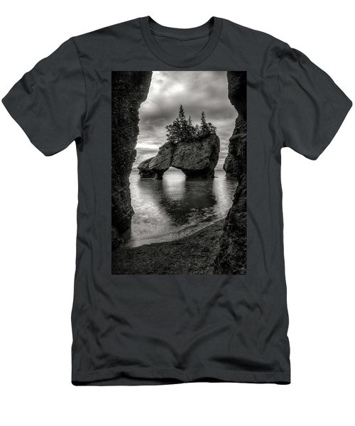 Hopewell Rocks Men's T-Shirt (Athletic Fit)