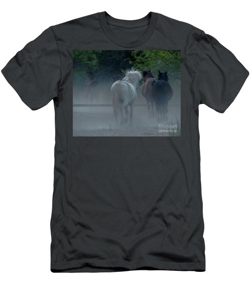 Horse 8 Men's T-Shirt (Athletic Fit)
