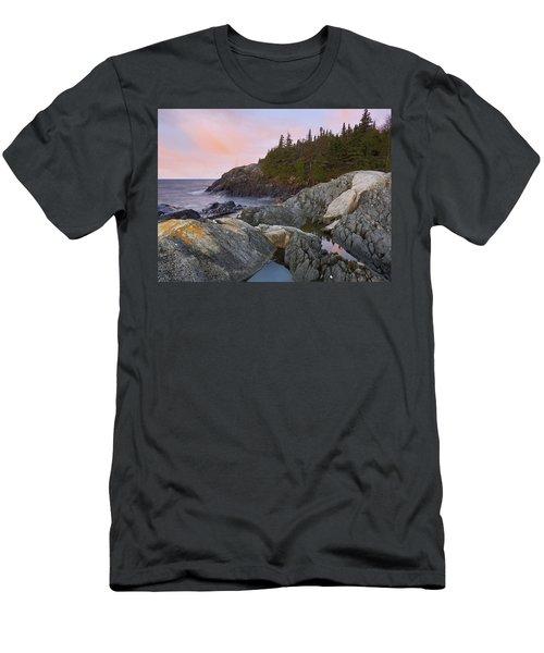 Horseshoe Bay On Lake Superior Pukaskwa Men's T-Shirt (Athletic Fit)