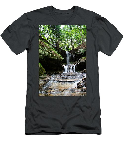 Horseshoe Falls #6736 Men's T-Shirt (Athletic Fit)