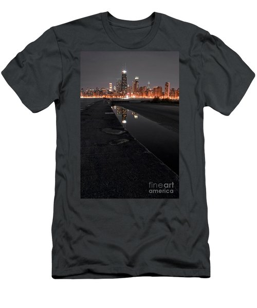 Chicago Hot City At Night Men's T-Shirt (Athletic Fit)