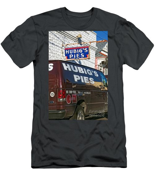 Hubig's Pies 2 New Orleans Men's T-Shirt (Athletic Fit)