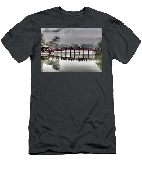 Huc Bridge Hanoi Hoan Kiem Lake Men's T-Shirt (Athletic Fit)
