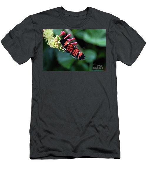 I Am Pretty Men's T-Shirt (Athletic Fit)