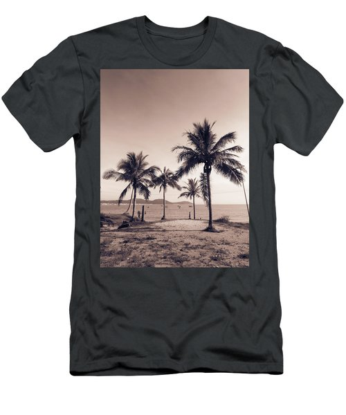 Idyllic Beach Men's T-Shirt (Athletic Fit)