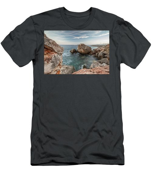 In The Middle Of The Rocks Men's T-Shirt (Athletic Fit)