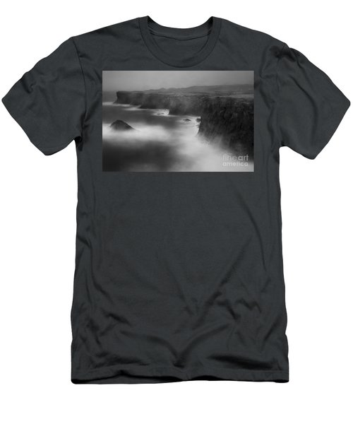 In The Storm 5 Men's T-Shirt (Athletic Fit)