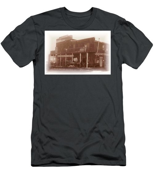 International Cafe Men's T-Shirt (Athletic Fit)