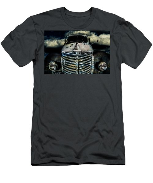 International Truck 7 Men's T-Shirt (Athletic Fit)