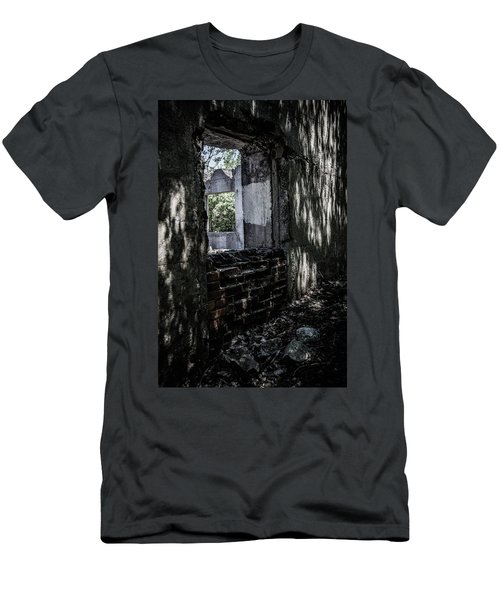 Into The Ruins 4 Men's T-Shirt (Athletic Fit)